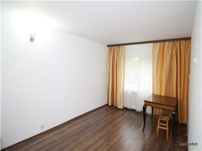 Apartament 3 cam dec 70 mp parter, Tg Cucu, utilat si partial mobilat